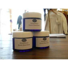 Face and body cream hyaluron