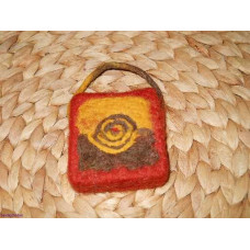 felted soap motif screw